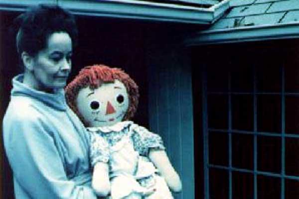 Imagen Real de la muñeca Annabelle